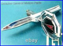 Nos 78 79 80 Pontiac Lemans Hood Ornament Header Panel Emblem Gm Trim Molding